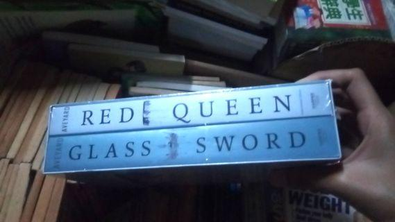 Red Queen and Glass Sword Set