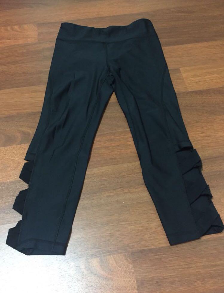 $15 Cotton On Body Activewear bundle size Small (5 x tops, 2 x sports bra, 1 x legging)