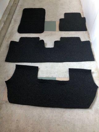 Honda stream black 4 piece car mat