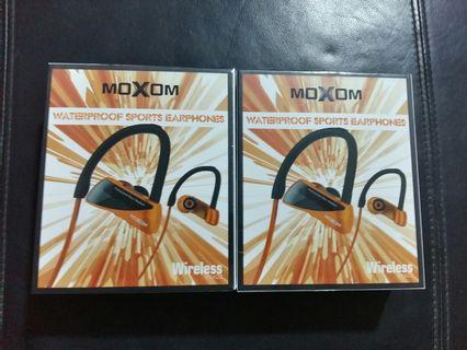 Sales! MOXOM Wireless Waterproof Sport Earphones @ $22 EACH (Left Last one)