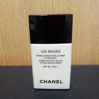 🚚 香奈兒CHANEL  LES BEIGES米色時尚系列裸光保濕美肌乳SPF 30 / PA++