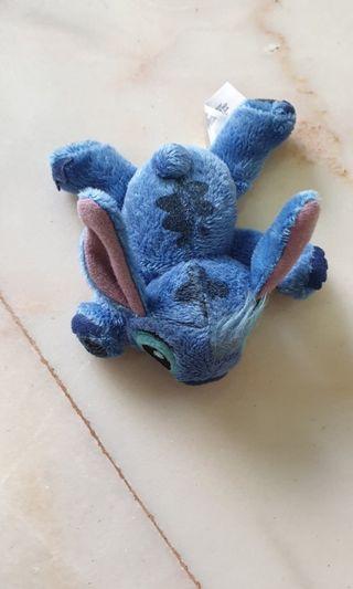 🚚 Disneyland Stitch hair clip
