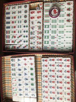 Vintage Mahjong Set very good condition