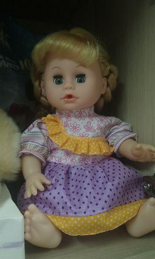 洋娃娃 BB女 公仔