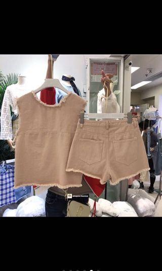 粉色牛仔套裝 背心加褲子 尺寸M