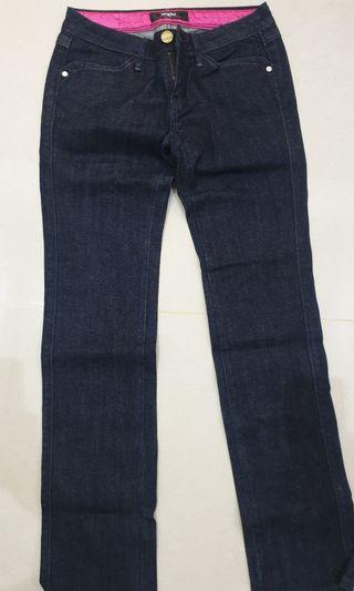 Authentic Levi's Lady Style Waist 28 inches