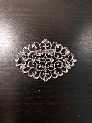 Traditional brooch