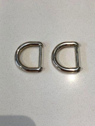 🚚 Jujube D-rings Be Light or Superbe