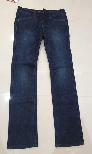 Authentic Levi's Lady Style 27 inch waist size