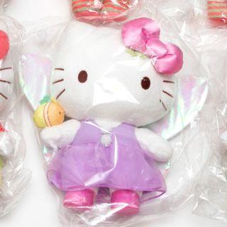 🚚 Hello Kitty & Sanrio Friends Plush Toy - Single Firefly Hello Kitty Changi Airport Exclusive