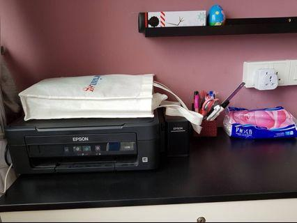🚚 Epson L220- negotiable