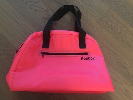 全新正品 Reebok 旅行袋 運動袋 Travel Bag