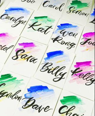 🚚 Custom Calligraphy Placecards - Gradient Backgrounds