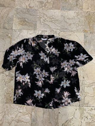 Korea black floral top