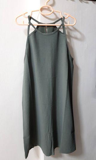 🚚 BNWT Playdress Halter Dress in Green