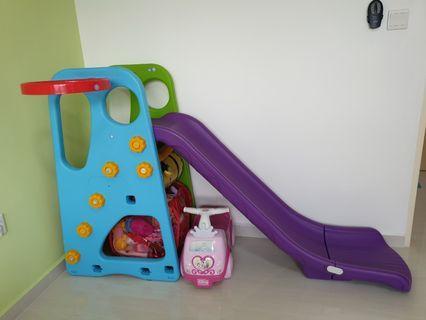 Children slide with basket ball ring