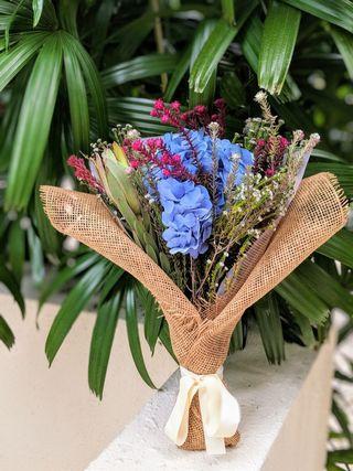 🚚 =I'm Sorry Babe= Fresh. Hand-made. Blue Hydrangea. Apology Flower Bouquet.