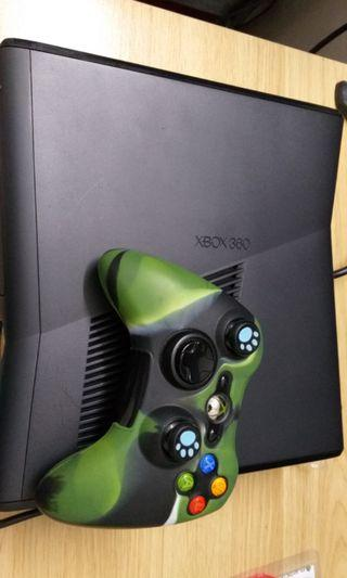 XBOX 360 (preowned)