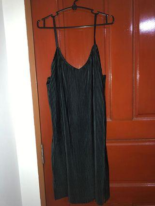 🚚 Black seude dress