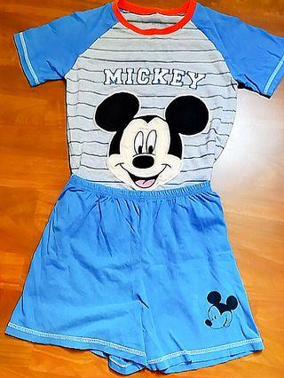🚚 Disney Mickey mouse Boy's sets (Authentic)