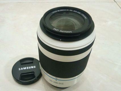 Samsung 50-200mm zoom lens