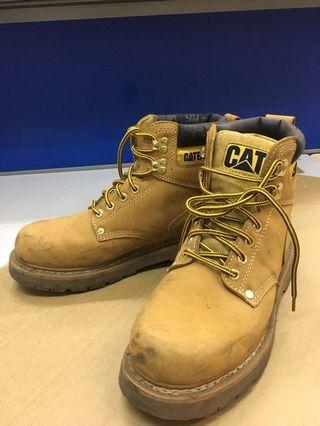 CAT登山鞋 usa9