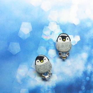🚚 ICE企鵝/手繪耳環(矽膠 耳夾 耳針 不鏽鋼 新鮮人 學生 上班族 樹脂 滴膠 UV膠 夏日 精選)