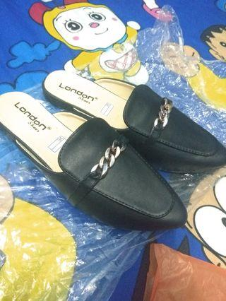 Sepatu flat / flat shoes / flatshoes mules