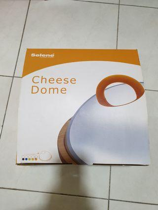 NEW SELENE CHEESE DOME