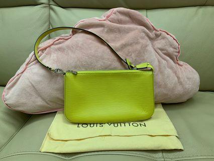 LV Epi Handbag/Clutch