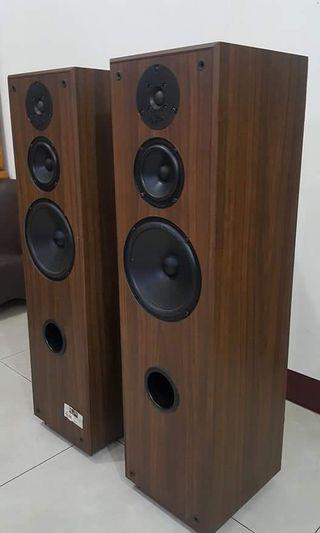 售 Acoustic profiles psl-8305      加拿大製3音路落地喇叭