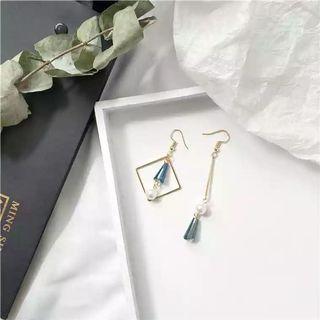 #109 Blue crystal pendant earrings