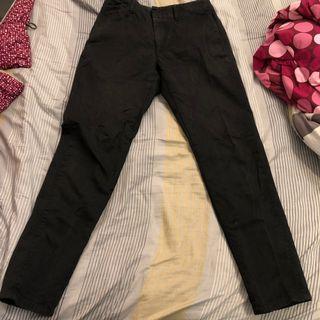 🚚 UNIQLO LEMAIRE 黑色長褲(32腰)82cm