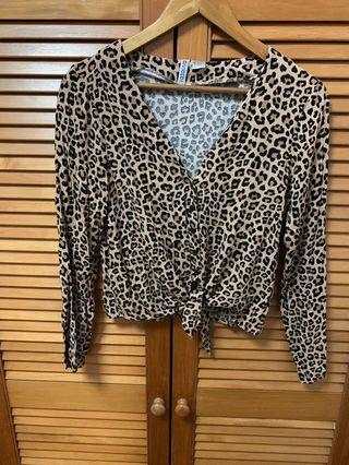 🚚 Leopard long sleeves top