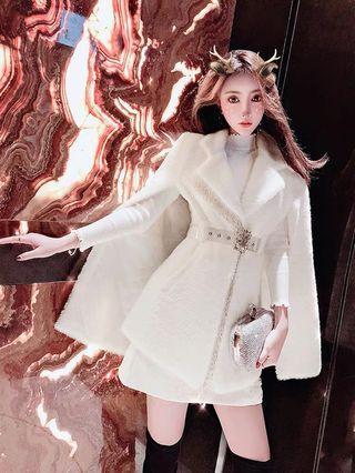 Instock! Brand new elegant winter dinner cape wear