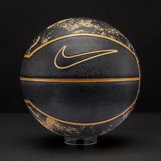 Nike Lebron James Playground Basketball (black)