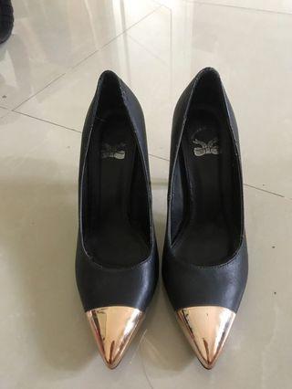The little things she needs black gold heels tltsn