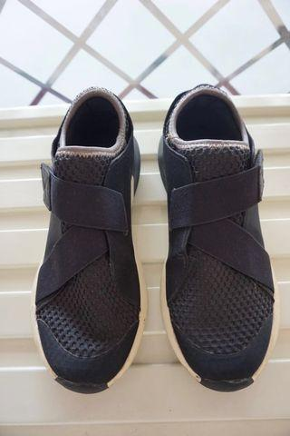 Zara sneakers, ORIGINAL size 38