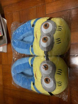 Minions Slippers (one size)