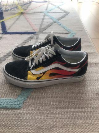 Flame Vans - Women's 8/Men's 6.5