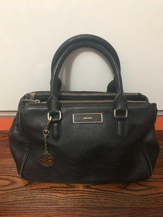DKNY black leather hand bag