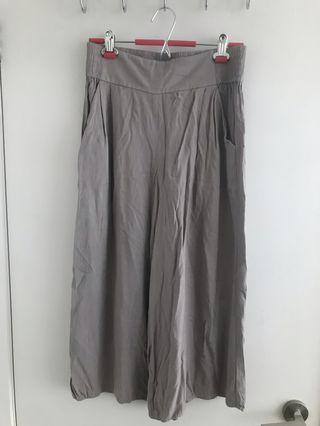 Talula - Wide Leg Pants from Aritzia