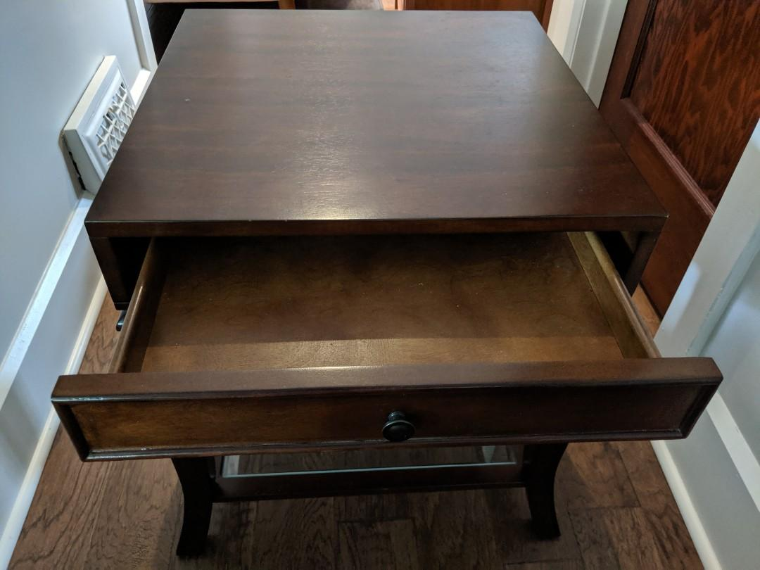 Canadian made living room furniture - Good condition