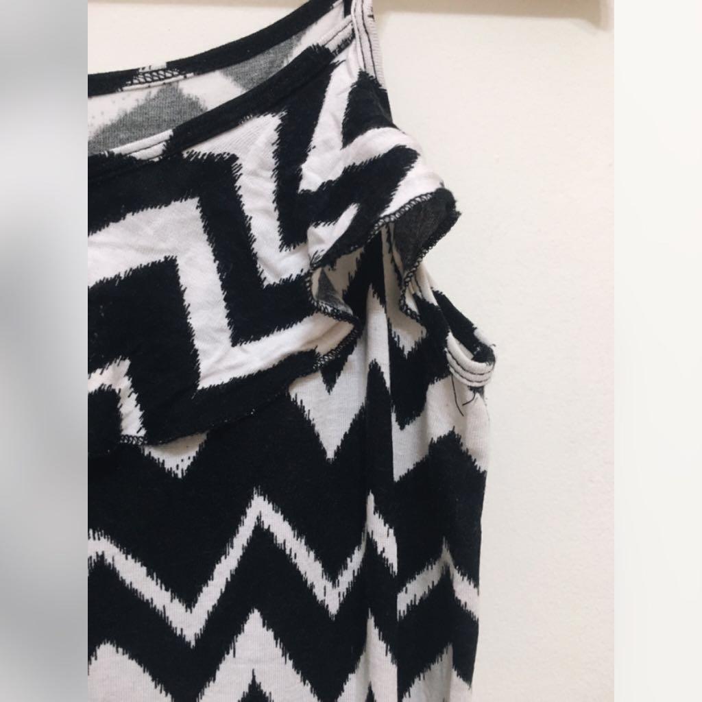 H&M Jumpsuit Black & White Pattern