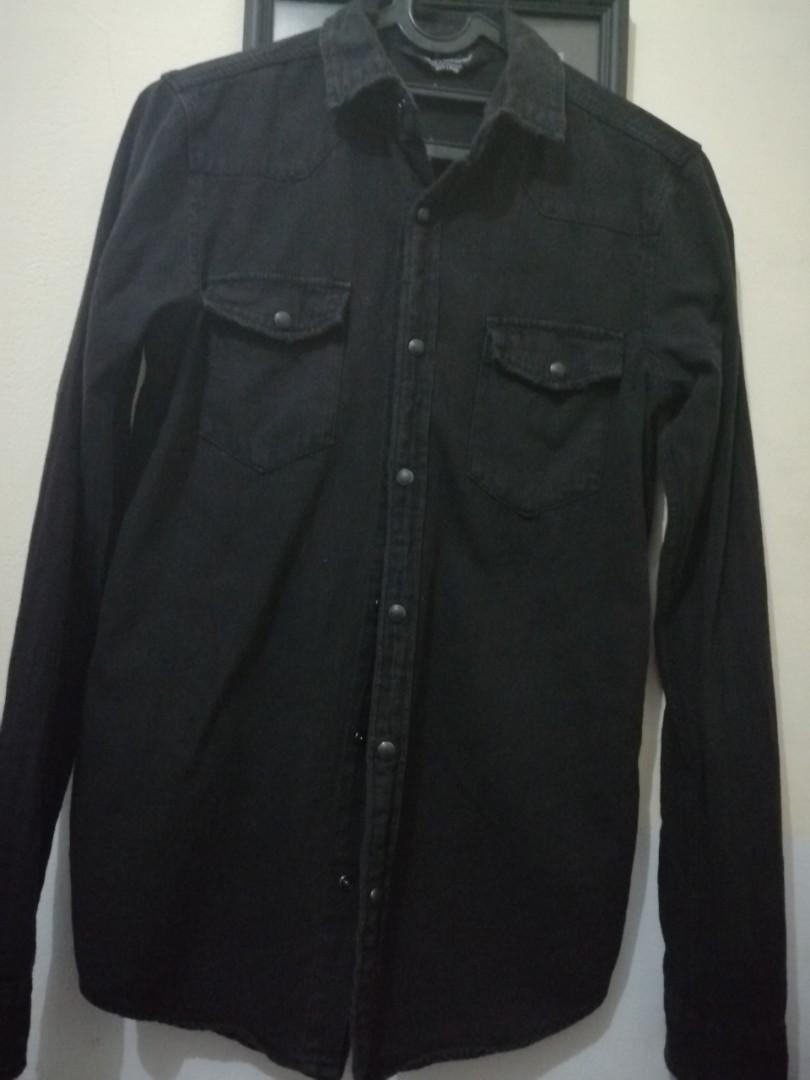 Kemeja Hitam cotton on size xs