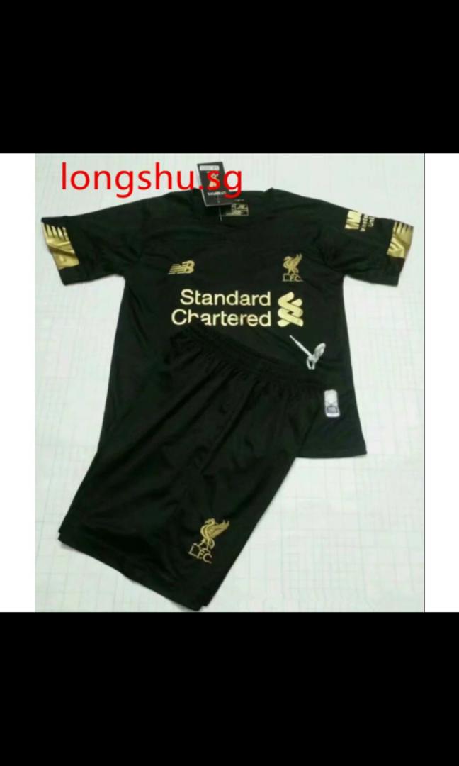 best service 41d7d d1270 Liverpool Kids Goalkeeper 19/20 Kit, Sports, Sports Apparel ...