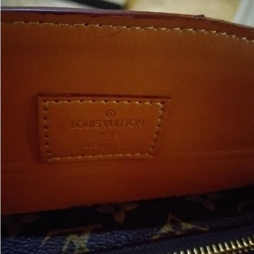 Lv studed originao leather