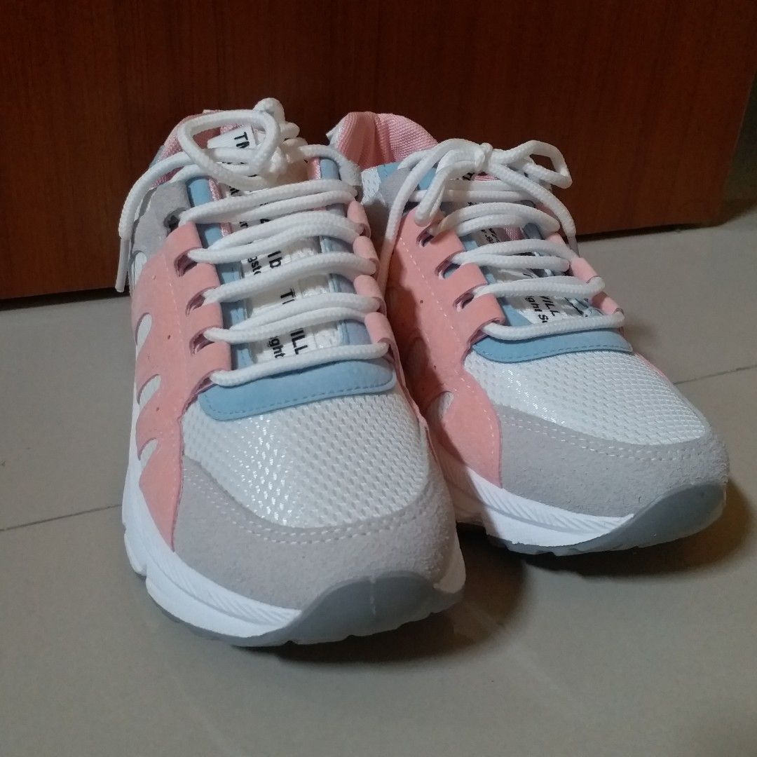 SNEAKERS IMPORT (NEW)
