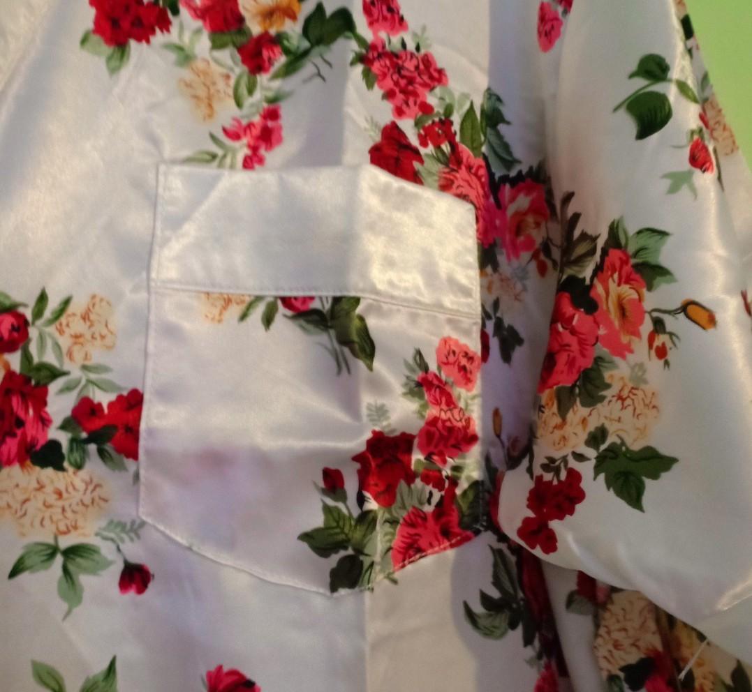 Short sleeve nylon robe rose floral design with pocket design