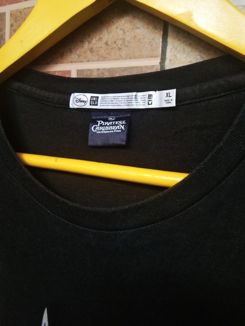 T-shirt Uniqlo Black Pirate Caribbean